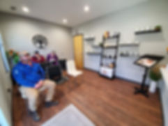 waiting area-the allergy and spine center-hendersonville tn-dr brittany bowers-best female chiropractor hendersonville tn-best female acupuncturist hendersonville-tn-best female naet doctor hendersonville tn-best functional medicine doctor hendersonville tn