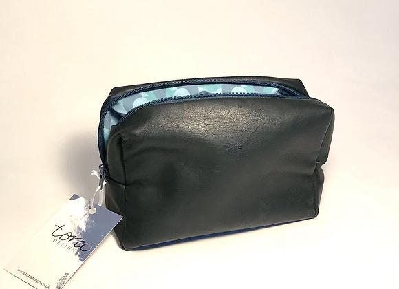 Belmopan Navy Leatherette Box Bag