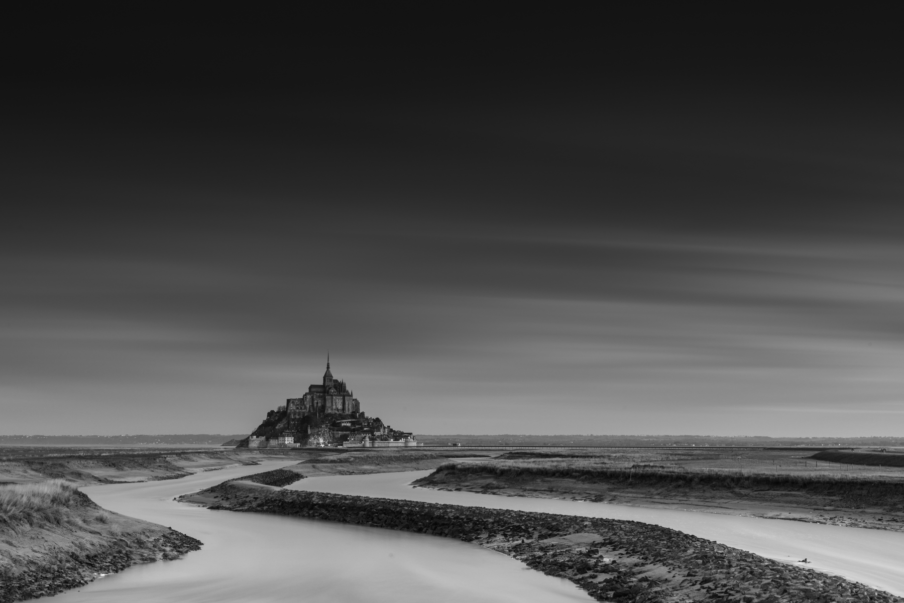 DAWN_MONT_SAINT_MICHEL
