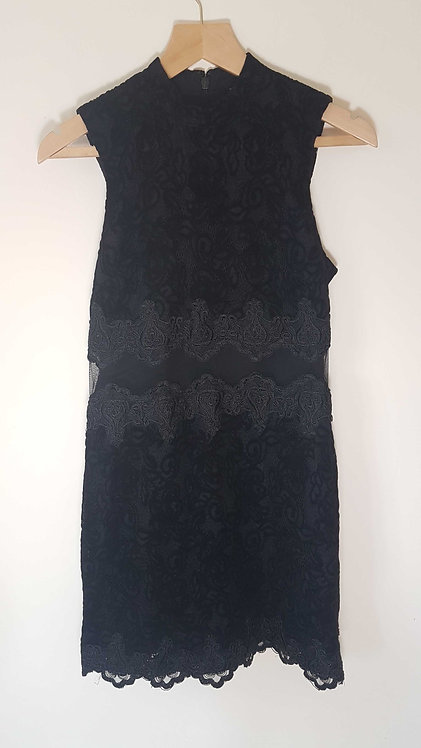 🏴TOPSHOP. Black dress with velvet and lace detail. Size 10