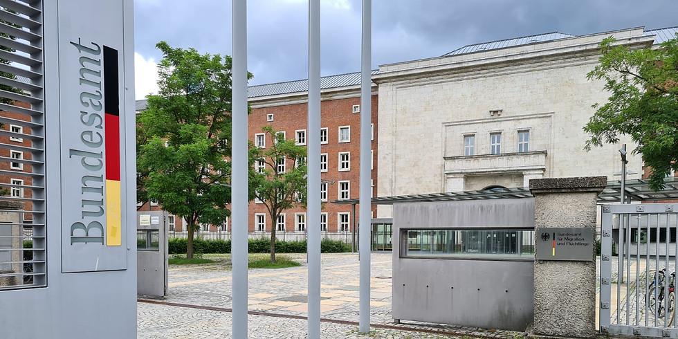 Podiumsdiskussion zuLSBTIQ* im deutschen Asylverfahren