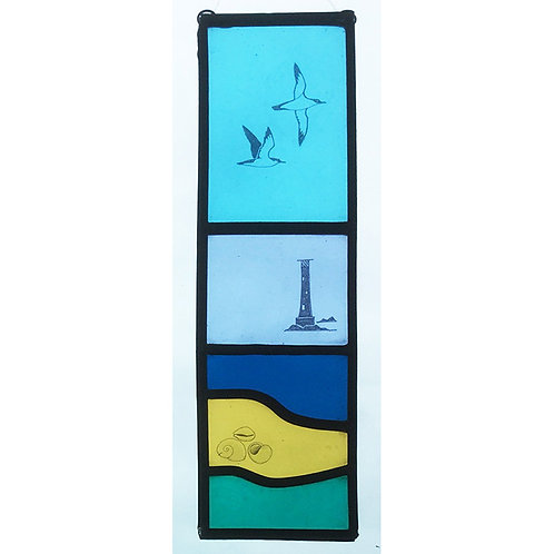 Stained glass hanger with transfer design