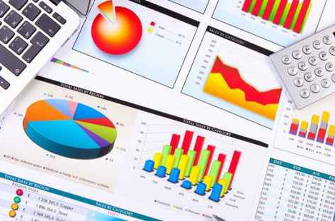 Qual a diferença entre demonstração financeira e contábil?