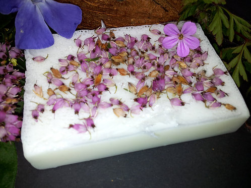 100% Natural Vegan SLS Free Patchouli and Sandalwood Soap Bar