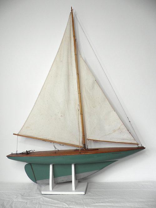 "1930's Clyde Model Dockyard ""J Class"" Pond Yacht -£395"