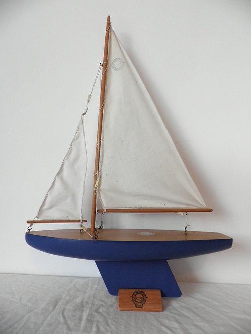albatross pond yacht antiques