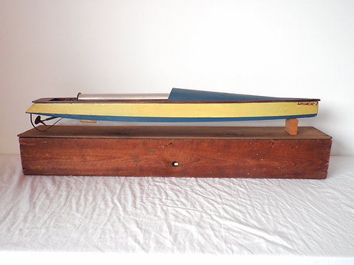 Bowman launch pond yacht antiques