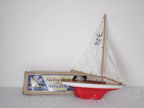 uffa fox pond yacht antiques