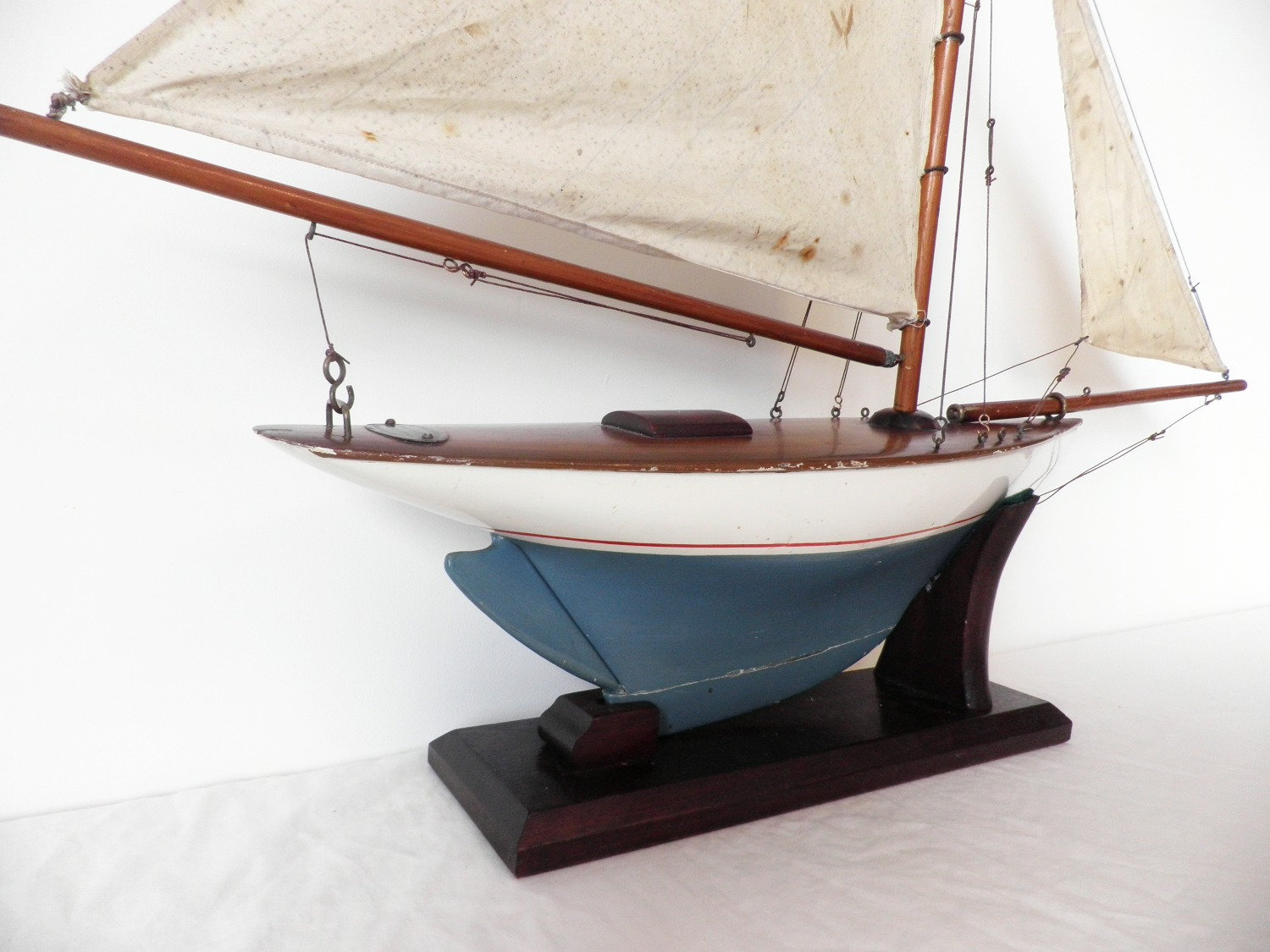 Rare 1920/30's Clyde Model Dockyard Gaff rigged yacht-Sold |  pond-yacht-antiques