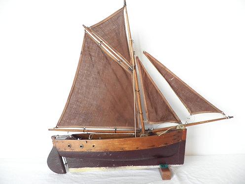 star fishing smack pond yacht