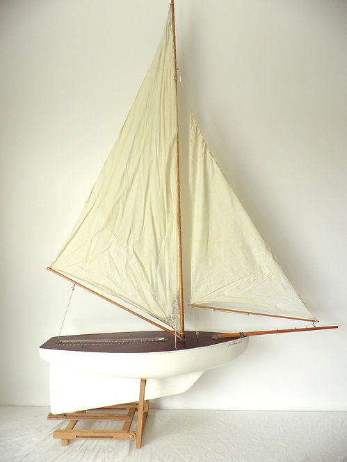 """Classic Southwold Racing Yacht """"Jindabyne""""-Sold"""