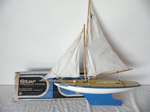 southern star pond yacht