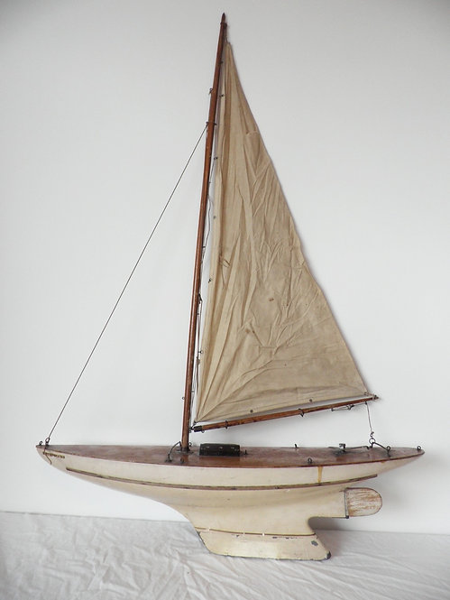 Star racing special pond yacht