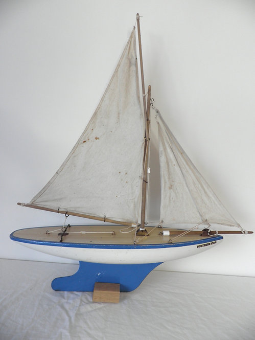 Southern Star pond yacht antiques