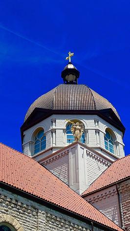Giles Arts LLC, roof
