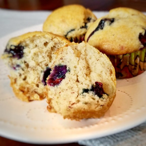 School Days Call for Dairy, Egg, Nut and Gluten-Free Blueberry-Banana Muffins