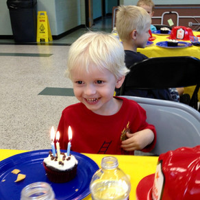 Birthday Parties 101: Attending & Hosting When Food Allergies Crash The Party