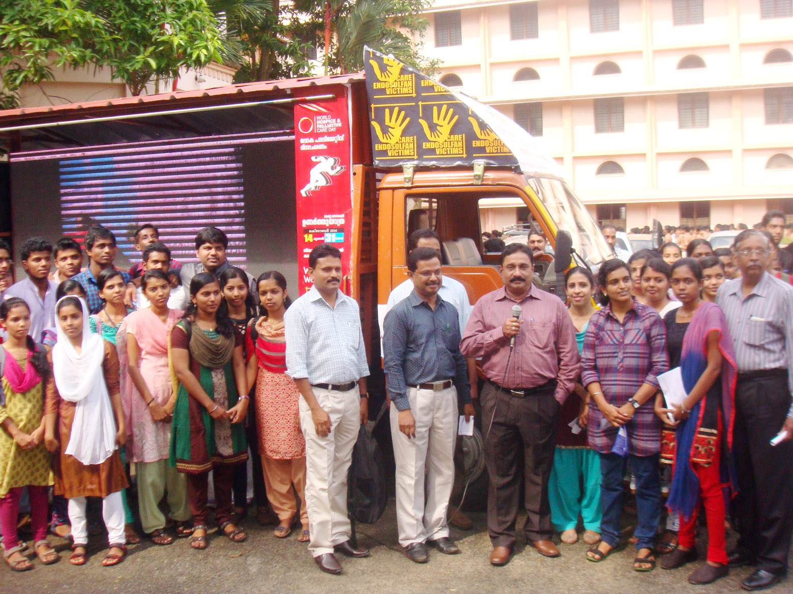 Roadshow to educational institutions re. world palliative care day 2014