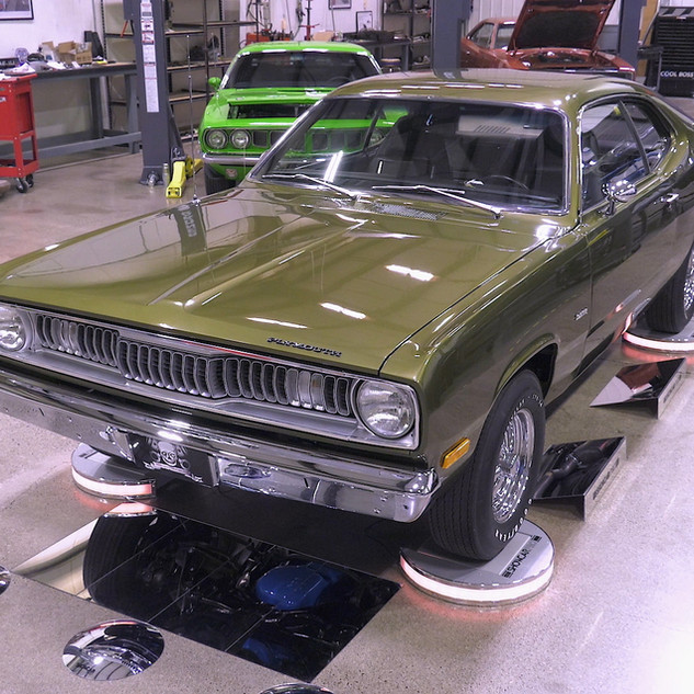 1972 DUSTER GOLD