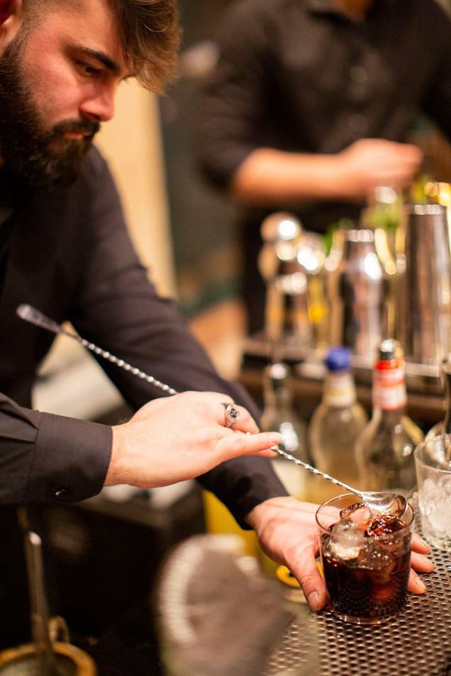 open bar pavia