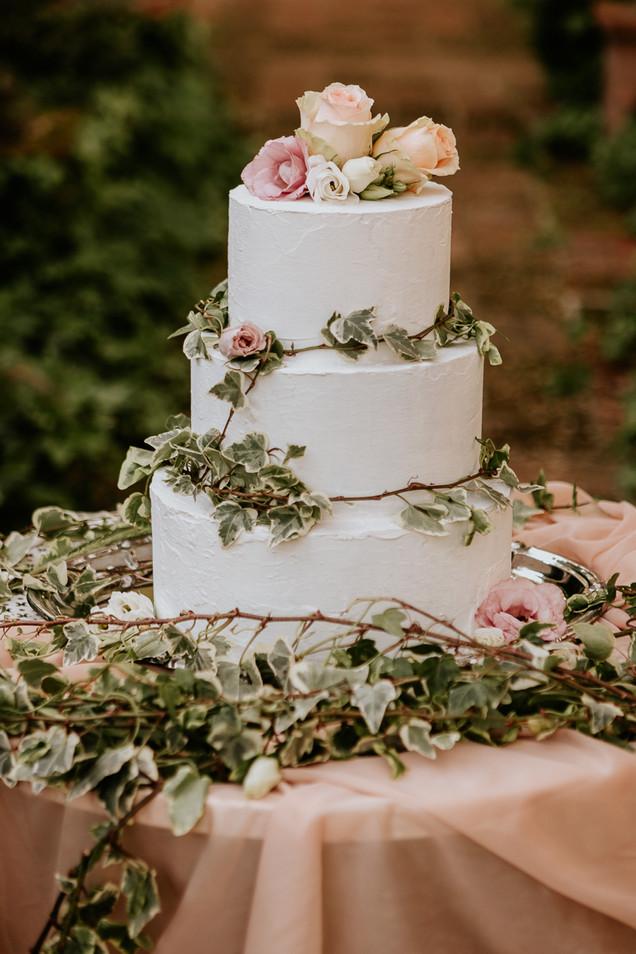 Wedding cake pesca rosa