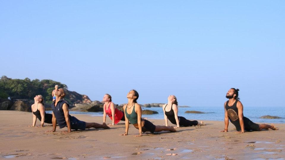 300 hour ashtanga yoga teacher training