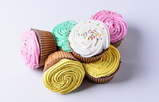 2020-12-30_18-47-13 cupcakes icing incre