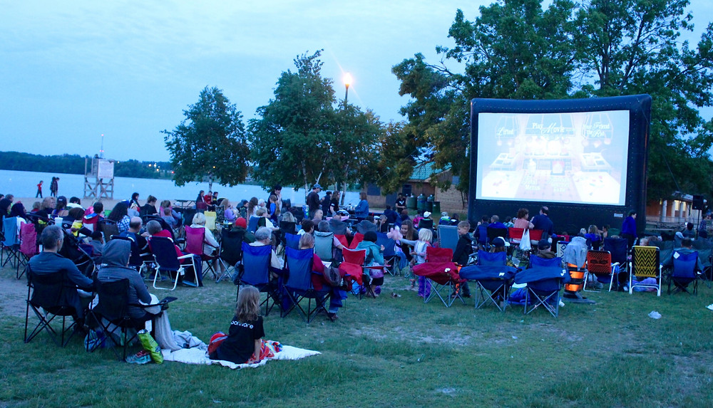outdoor movies lawnchair luminata downtown barrie waterfront