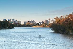 Regina_skyline_from_Wascana_Park.jpg