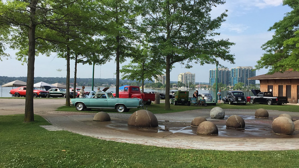 car shows things to do downtown barrie walking tour