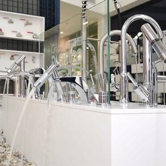Retail space design / Grupo PACIFICO