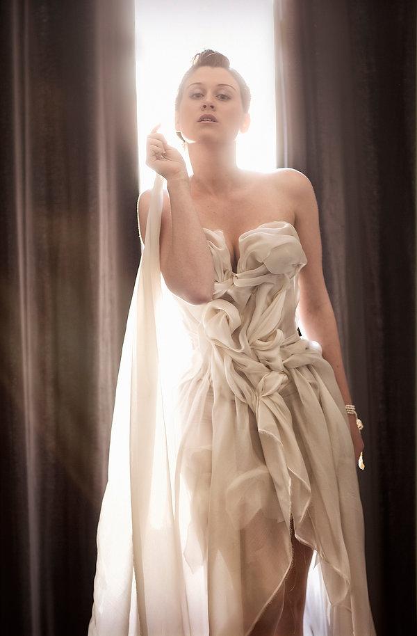 Je crée ma Robe de mariée en organza satin la tumultueuse