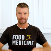 Healthy Everyday Pets by Pete Evans