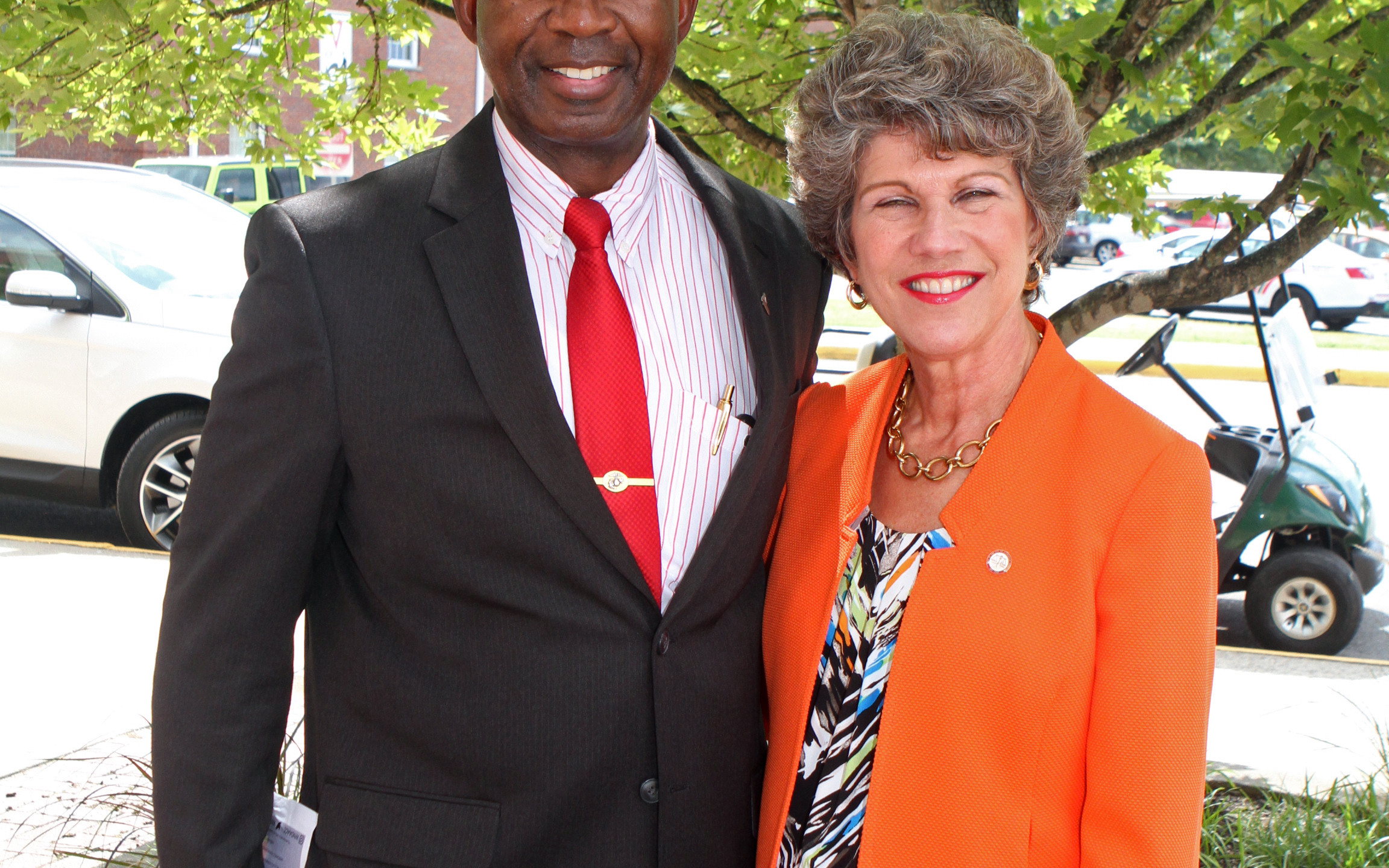 Ron Bailey, Mayor Kim McMillan