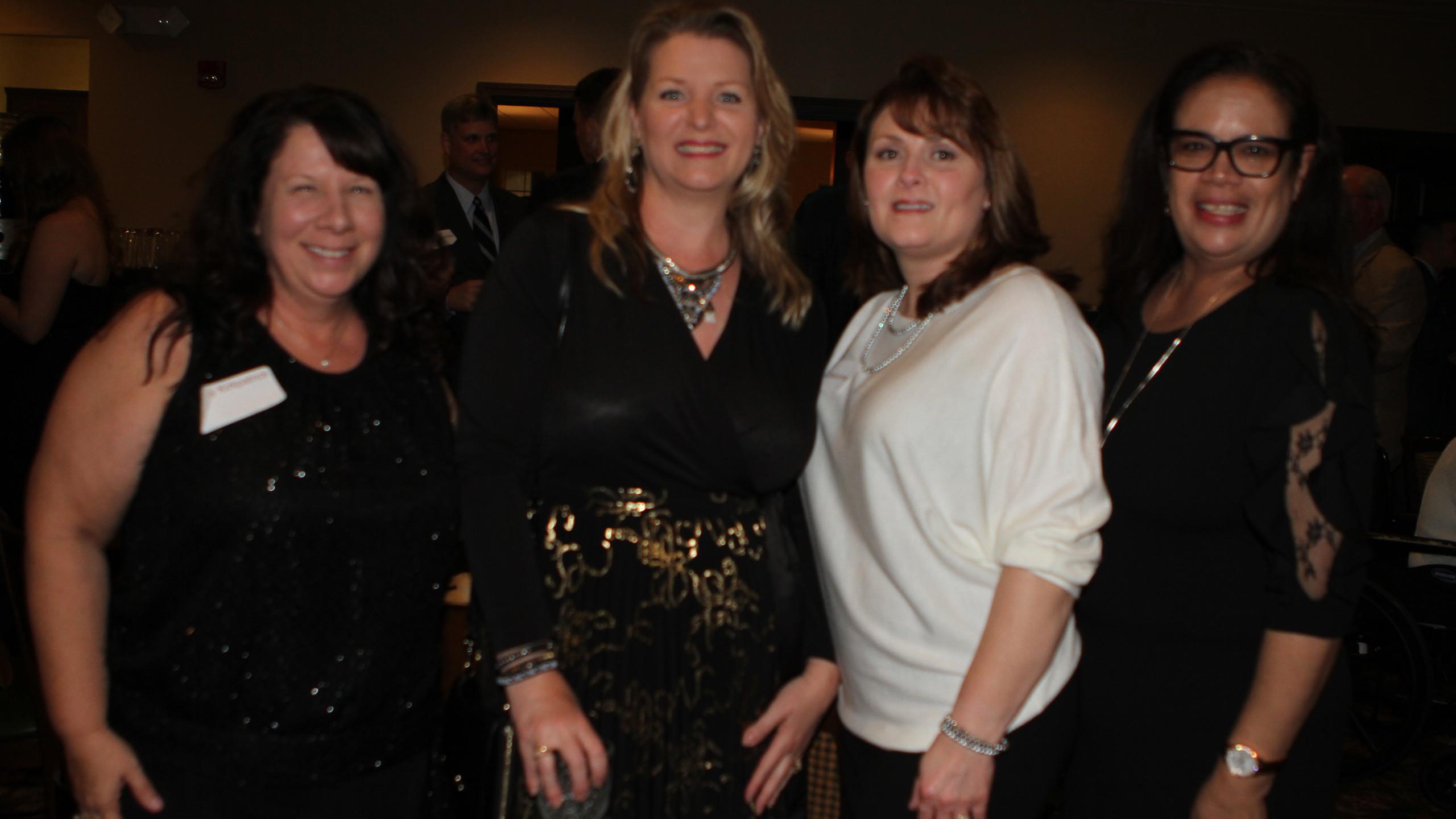 Kristi Kirkpatrick, Cosy Sims, Donna Osb