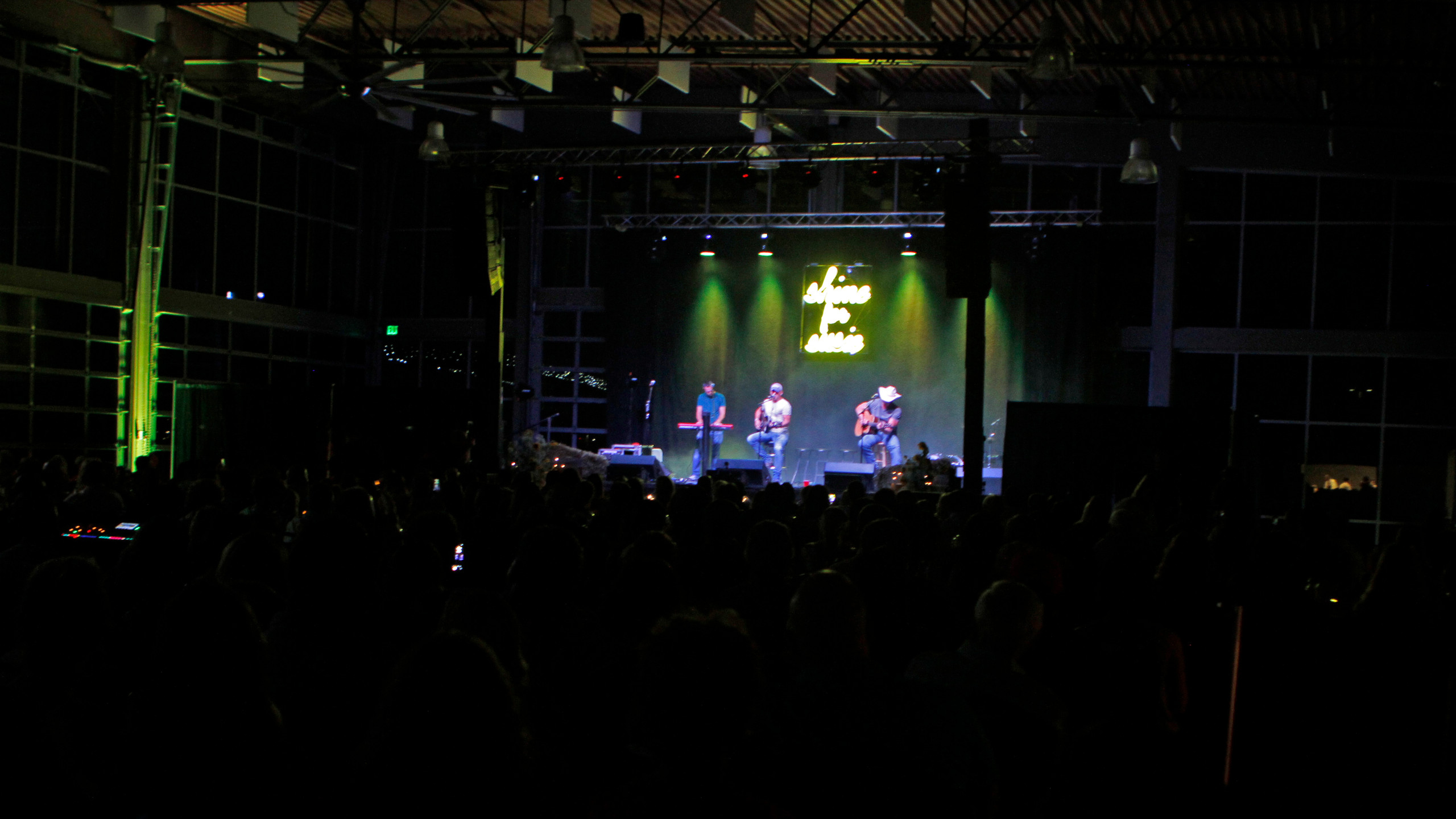 Shine for Susie ALS Benefit Concert Seri