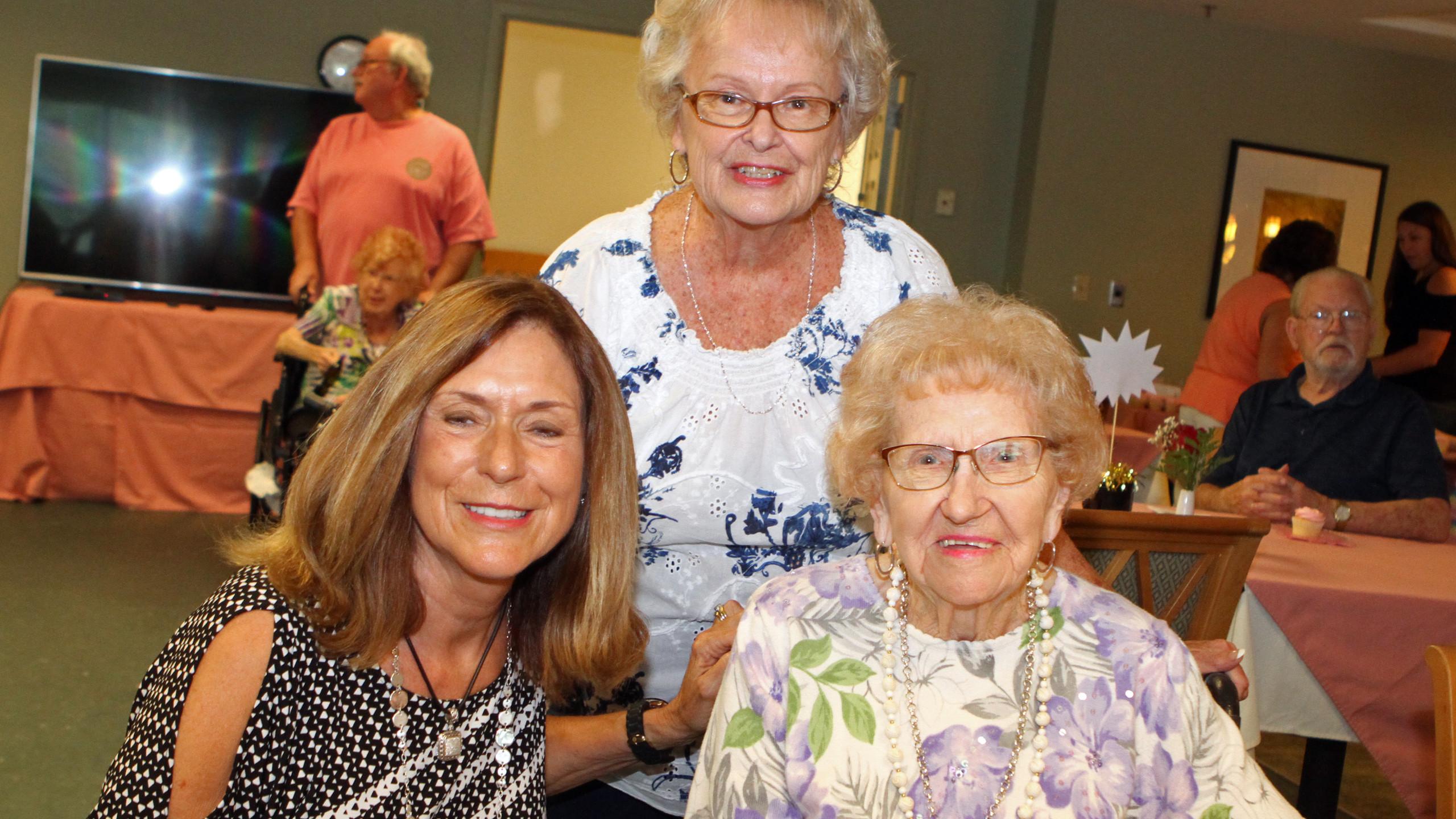 Donna Sizemore, Karen Taylor, Sally Copp