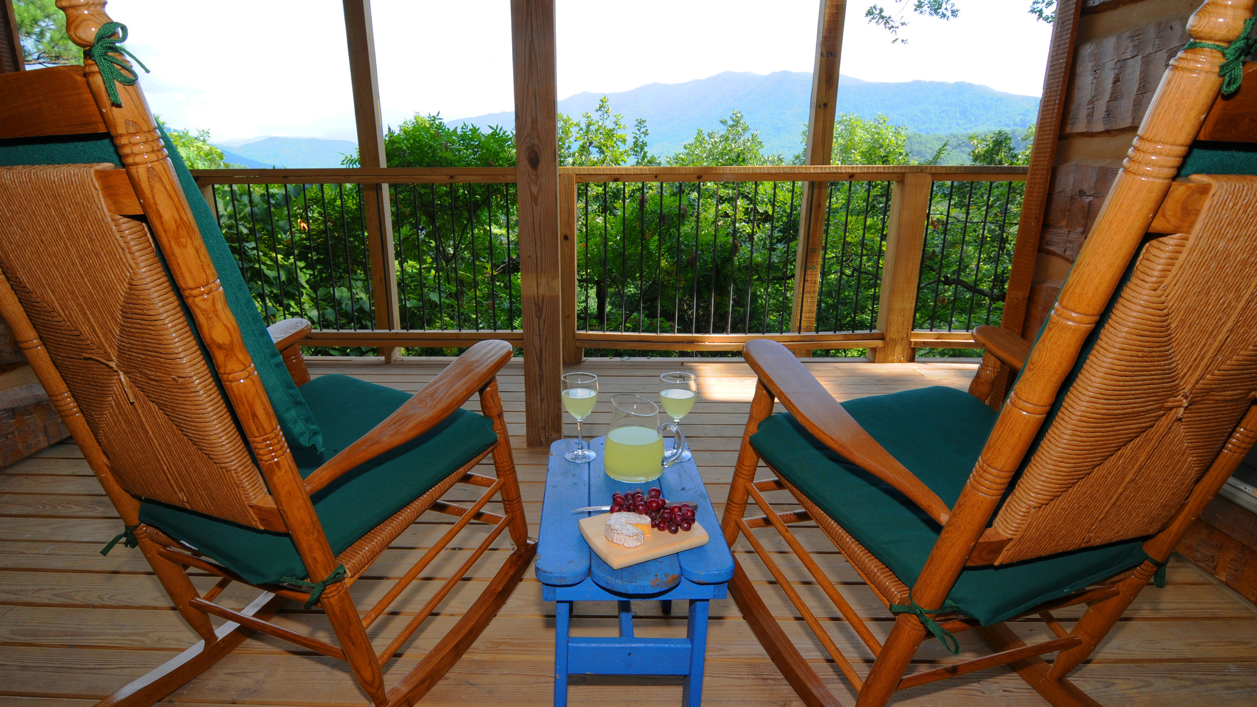 Raw00156_Rocking Chairs & Lemonade View