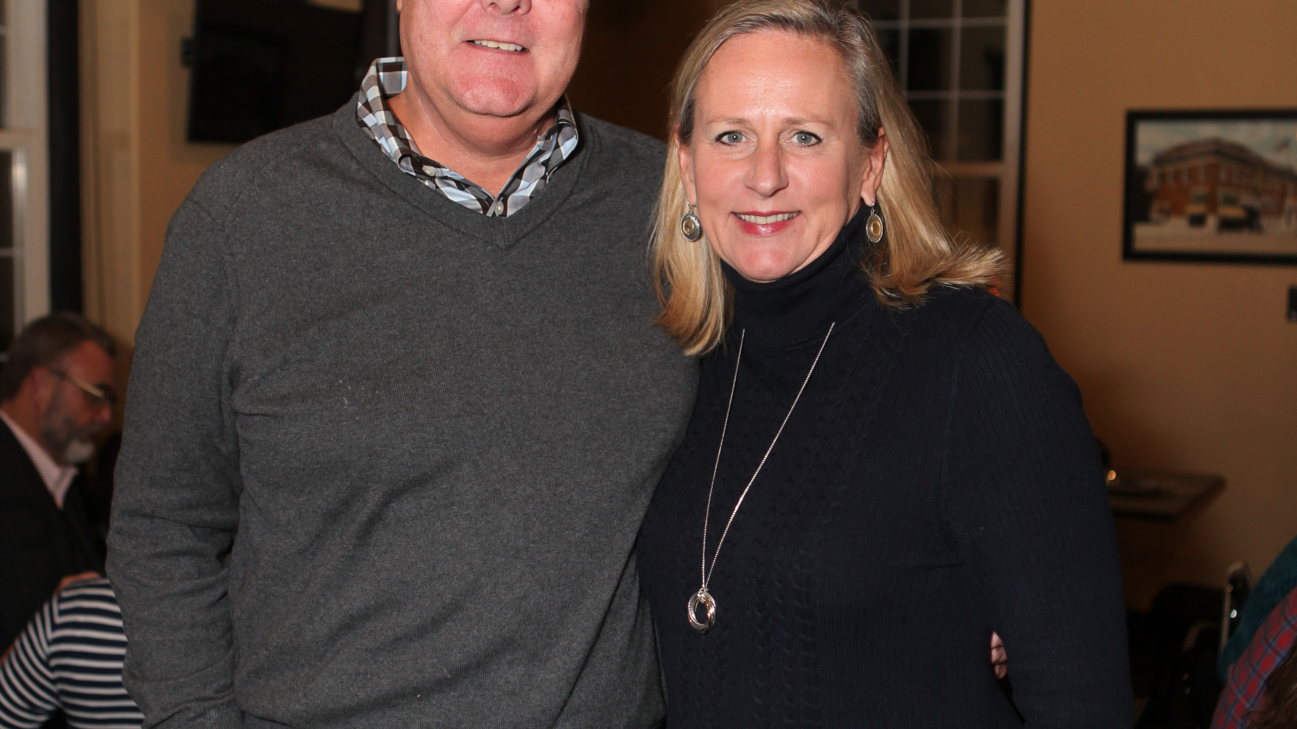 Charlie Ray, Sherry Howell