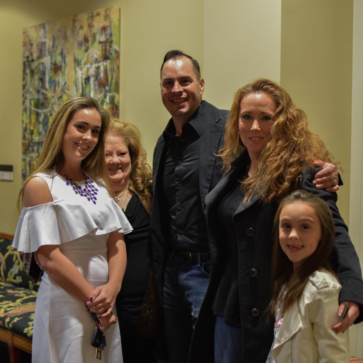 Jason_StephanieFarrell_Family
