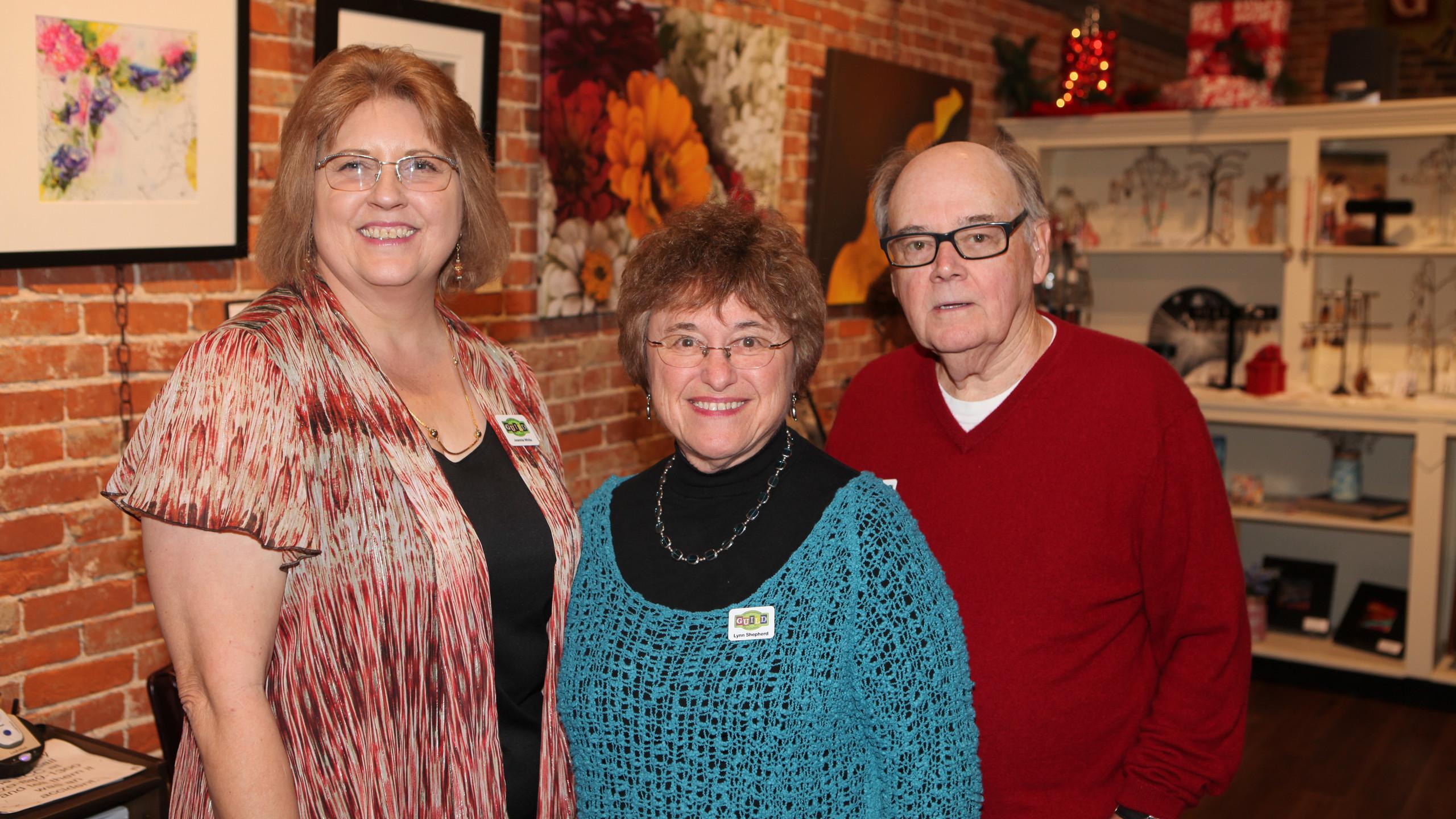 Hopkinsville Art Guild & Gallery Preside