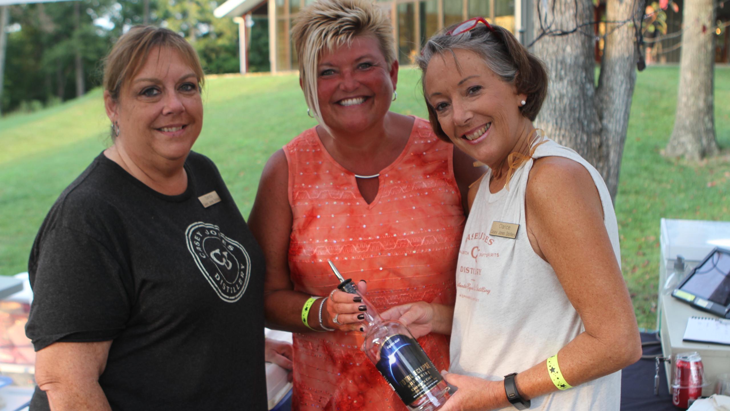 Sandy Dunn, Katherine Latham, Clarice Gr