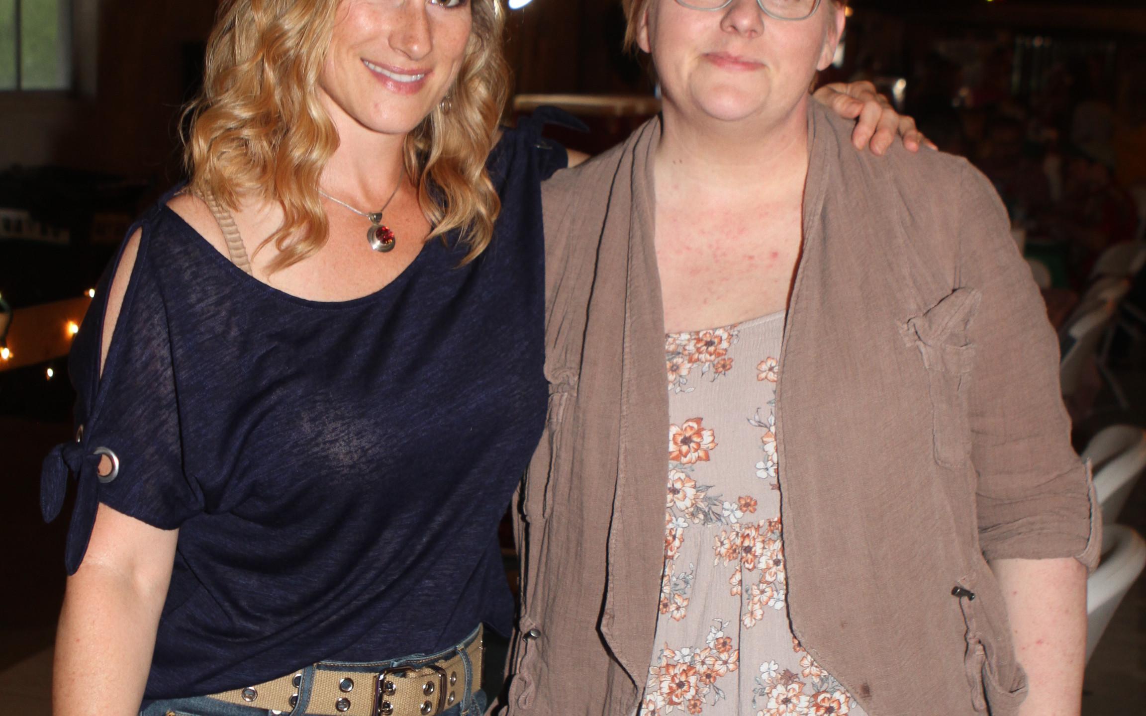 Gretchen Wessels, Sara Tays