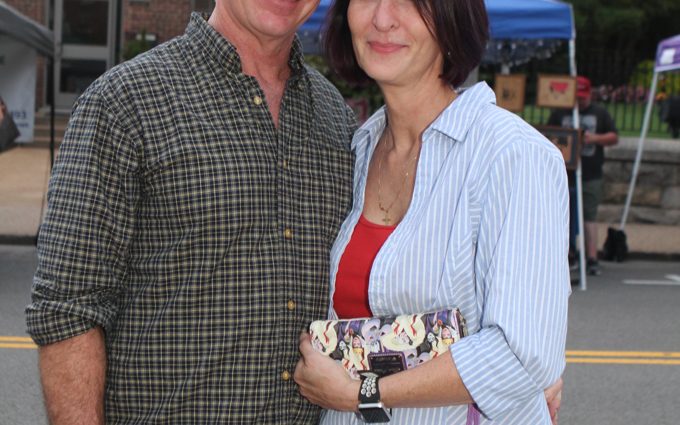 Dennis Stanford, Michelle Stanger