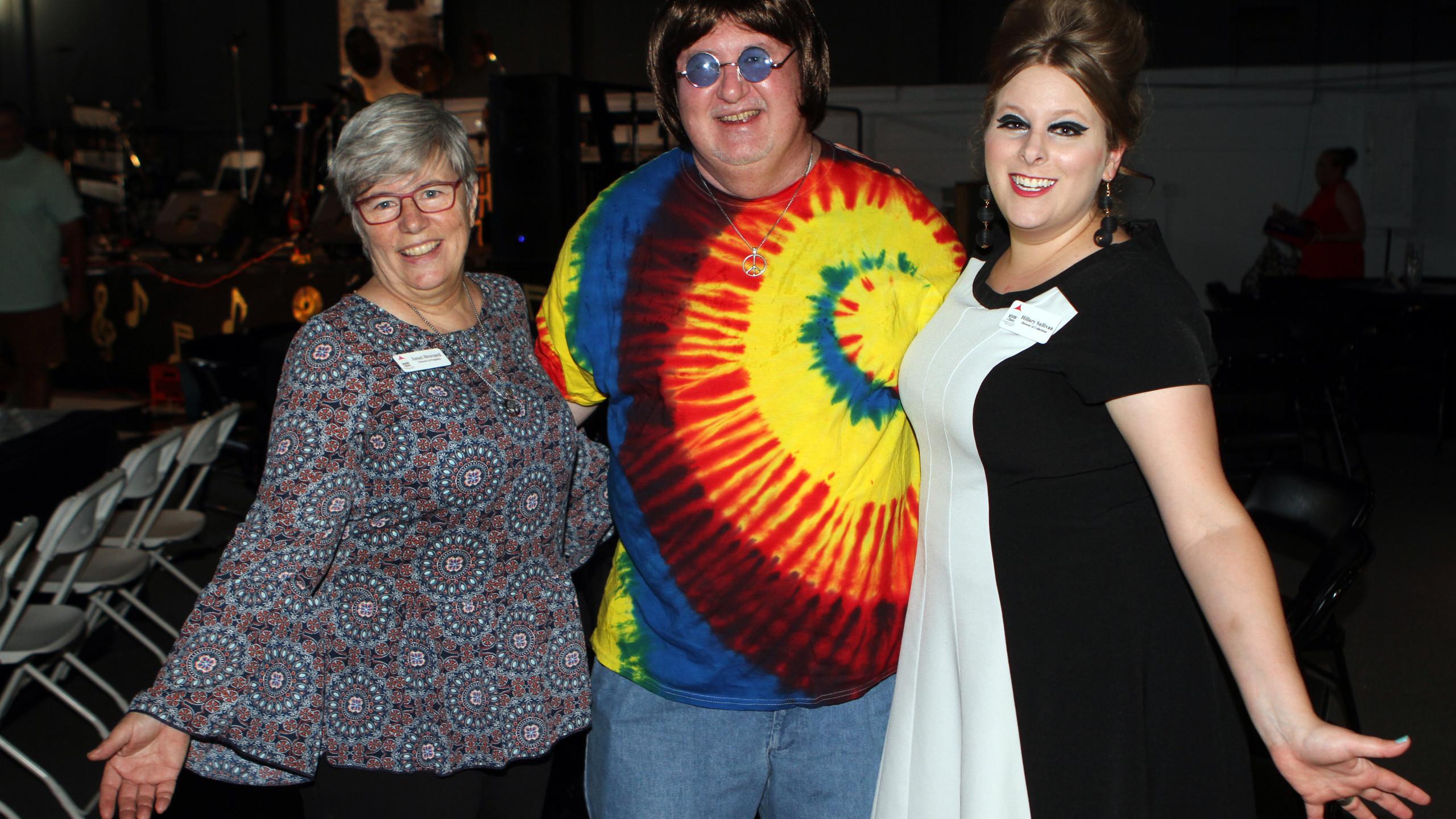Janet Bravard, Robert Martin, Hillary Su
