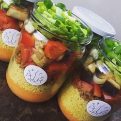 Jar met groenten in de hoofdrol
