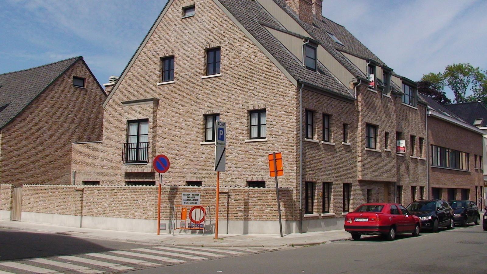 Vinck ramen & deuren foto project begijnhofke sint niklaas foto 1