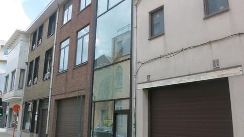 Glasgevel Reynaers Aluminium. Vinck heeft deze geplaatst in het centrum van Sint-Niklaas. (Foto 3)