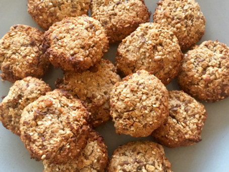 The oat, seeds and nuts cookies