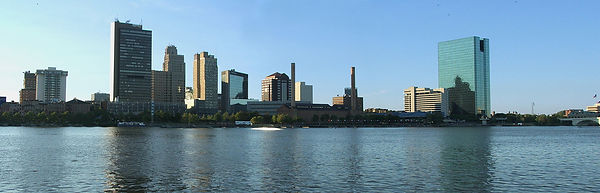 Skyline_of_Toledo,_Ohio.jpg